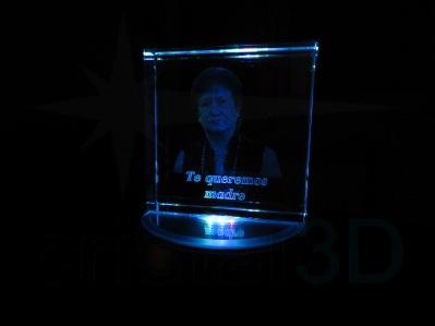 Cristal sobre base iluminada. Precio base: 10,00€ más gastos de envío