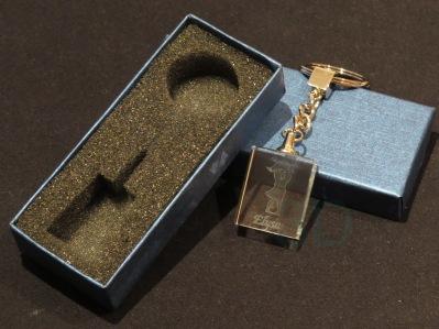 Modelo08 Llavero 30x24x10mm personalizado. Diseño grabable en cualquiera de nuestras piezas de catalogo. Model08 Keyring 30x24x10mm personalized. Design engraved in any of our pieces of catalogue.