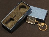 Modelo06 Llavero 30x24x10mm personalizado. Diseño grabable en cualquiera de nuestras piezas de catalogo. Model06 Keyring 30x24x10mm personalized. Design engraved in any of our pieces of catalogue.