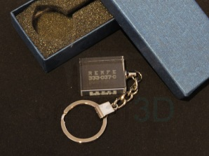 Llavero cristal: 30x24x10mm Logo Renfe 22