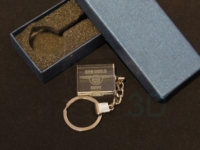 Llavero cristal: 30x24x10mm Logo Renfe 17